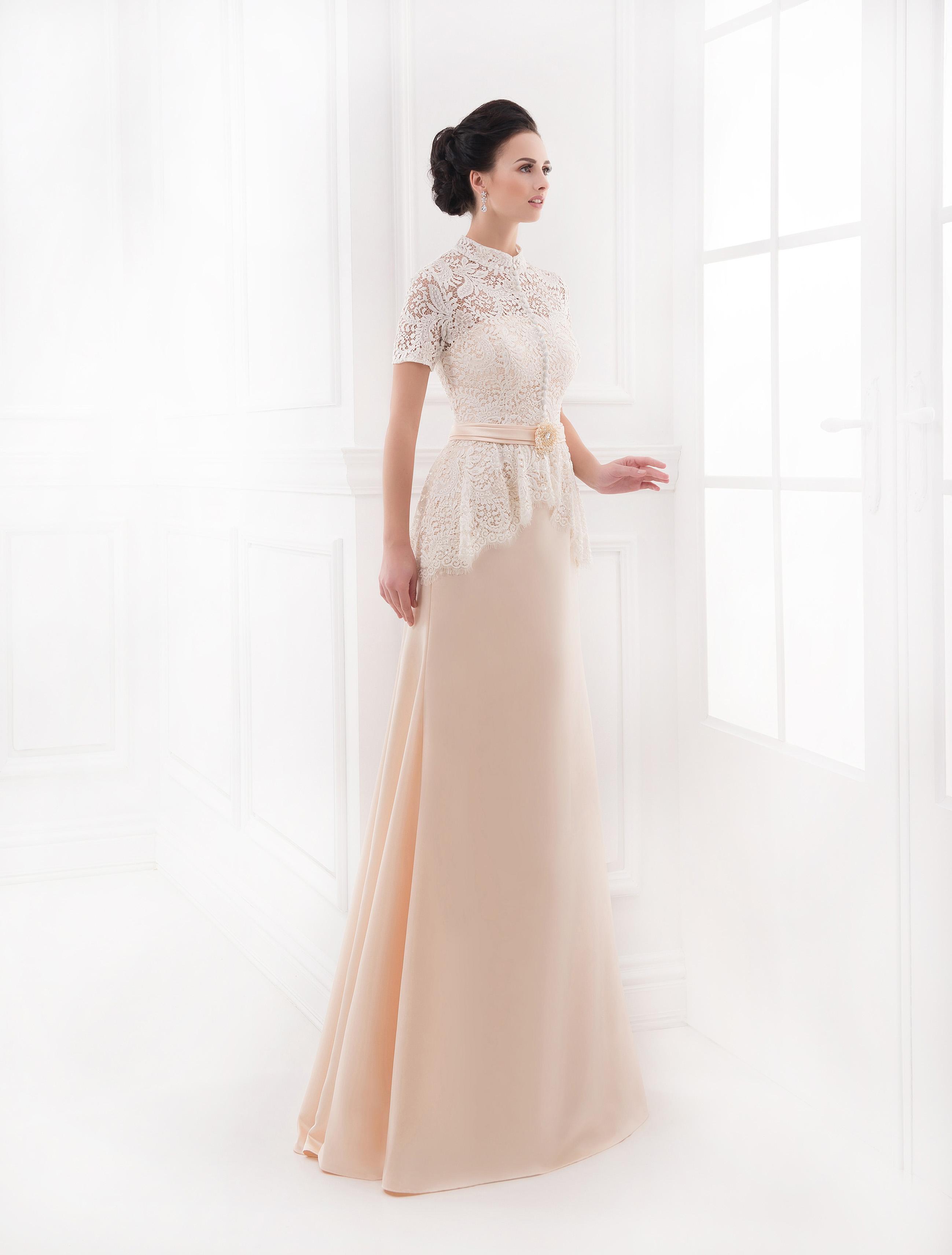 https://voloca-wedding-dresses.com/images/stories/virtuemart/product/VWD_AL_03_a25.jpg
