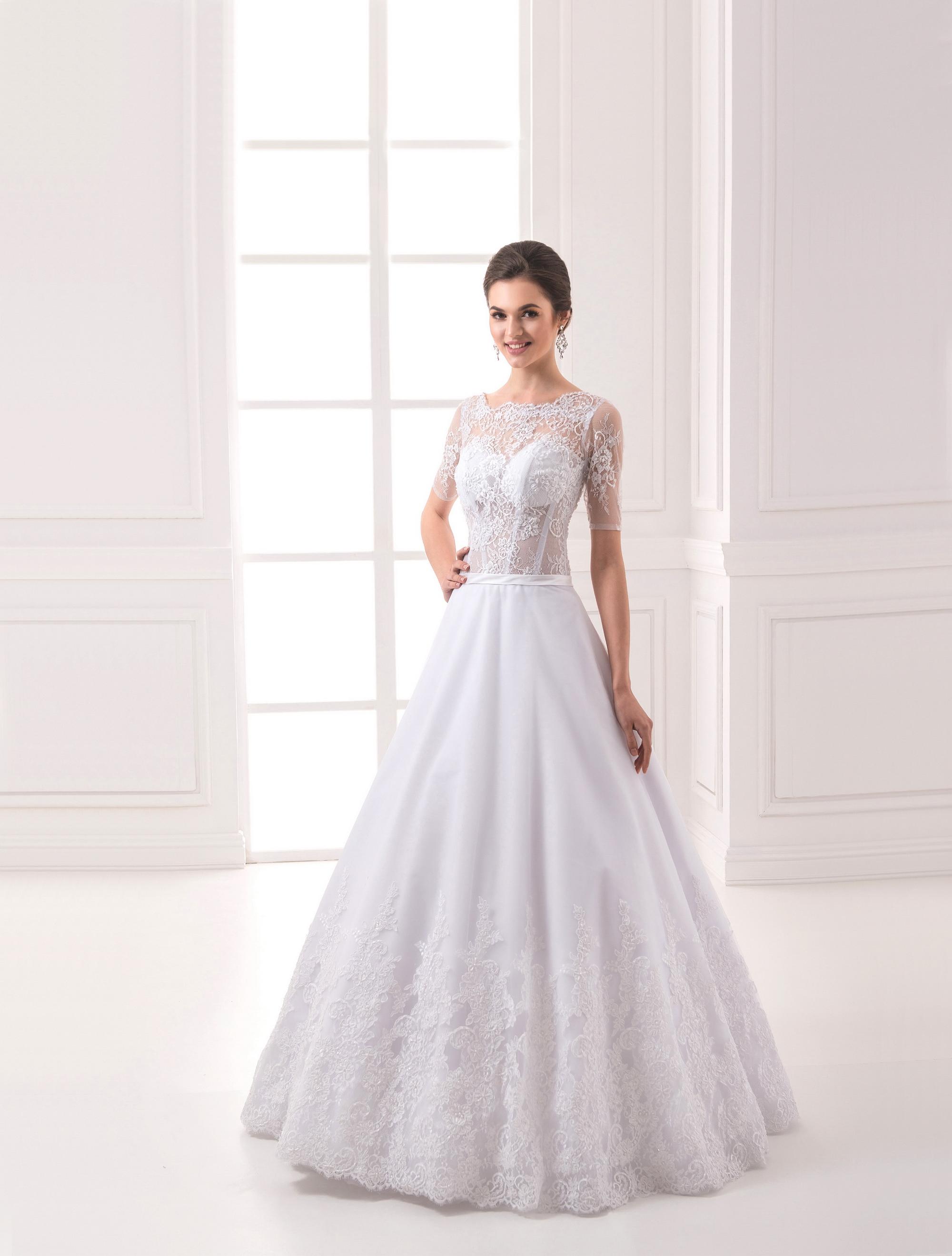https://voloca-wedding-dresses.com/images/stories/virtuemart/product/VWD_IP_21_a27.jpg