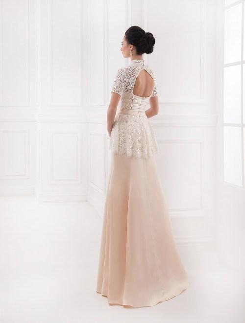 https://voloca-wedding-dresses.com/images/stories/virtuemart/product/VWD_AL_03_c82.jpg