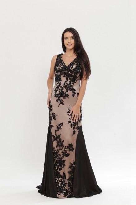 https://voloca-wedding-dresses.com/images/stories/virtuemart/product/VWD_DV_15_a.jpg