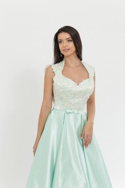 https://voloca-wedding-dresses.com/images/stories/virtuemart/product/VWD_DV_22_b.jpg