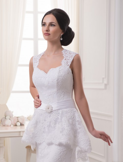 https://voloca-wedding-dresses.com/images/stories/virtuemart/product/VWD_EZ_05_a16.jpg