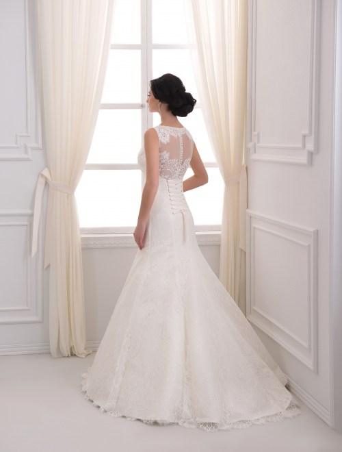 https://voloca-wedding-dresses.com/images/stories/virtuemart/product/VWD_EZ_08_c.jpg