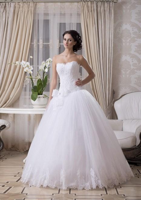 https://voloca-wedding-dresses.com/images/stories/virtuemart/product/VWD_EZ_24_b.jpg