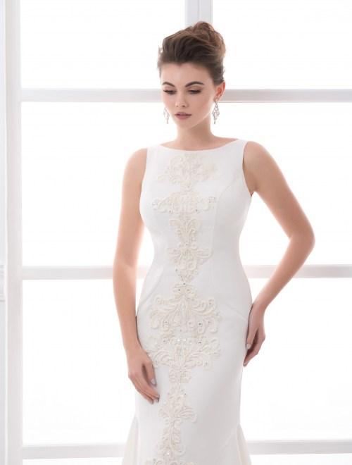 https://voloca-wedding-dresses.com/images/stories/virtuemart/product/VWD_FN_01_b18.jpg