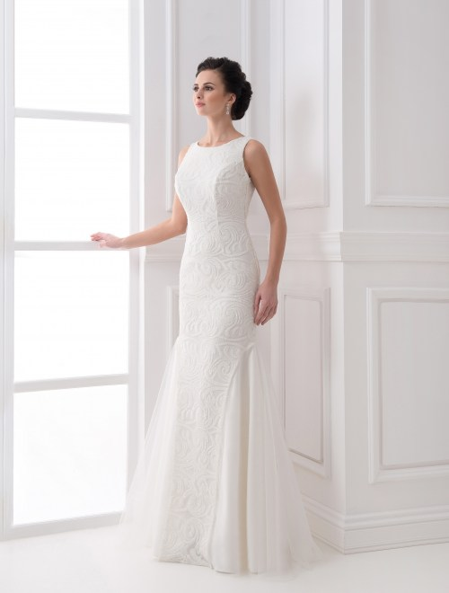 https://voloca-wedding-dresses.com/images/stories/virtuemart/product/VWD_FN_03_a.jpg