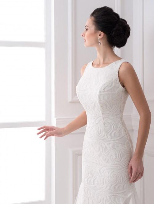 https://voloca-wedding-dresses.com/images/stories/virtuemart/product/VWD_FN_03_b.jpg