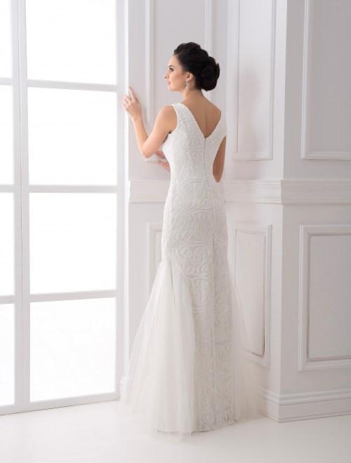 https://voloca-wedding-dresses.com/images/stories/virtuemart/product/VWD_FN_03_c.jpg