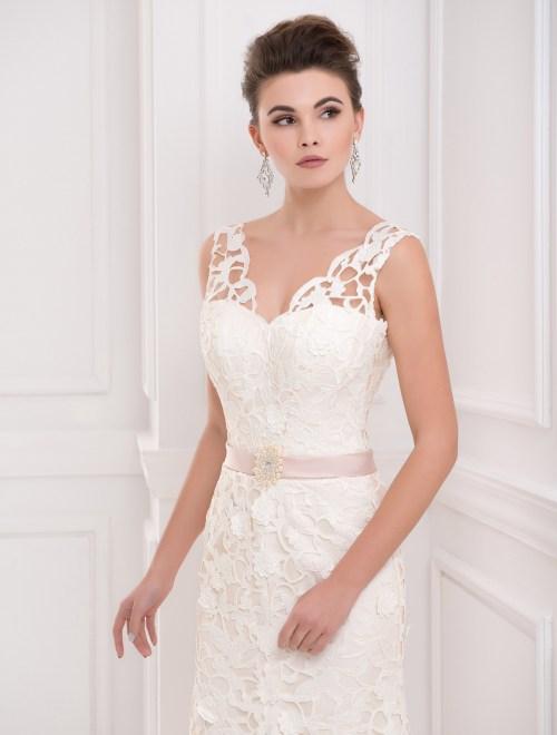 https://voloca-wedding-dresses.com/images/stories/virtuemart/product/VWD_FN_06_b59.jpg