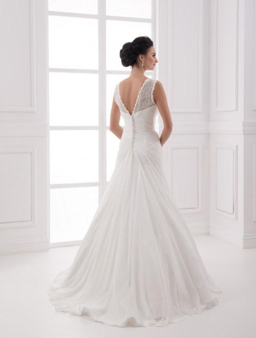 https://voloca-wedding-dresses.com/images/stories/virtuemart/product/VWD_FN_08_c.jpg