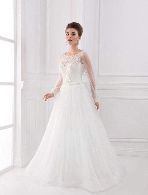 https://voloca-wedding-dresses.com/images/stories/virtuemart/product/VWD_FN_15_a33.jpg