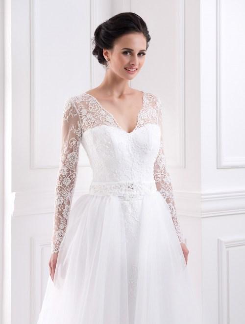 https://voloca-wedding-dresses.com/images/stories/virtuemart/product/VWD_FN_19_b98.jpg