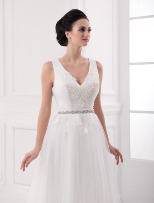https://voloca-wedding-dresses.com/images/stories/virtuemart/product/VWD_FN_24_b.jpg