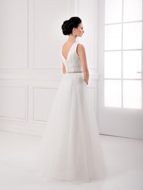 https://voloca-wedding-dresses.com/images/stories/virtuemart/product/VWD_FN_24_c.jpg