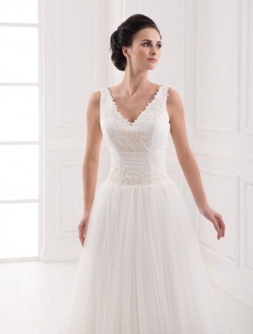 https://voloca-wedding-dresses.com/images/stories/virtuemart/product/VWD_FN_25_b.jpg