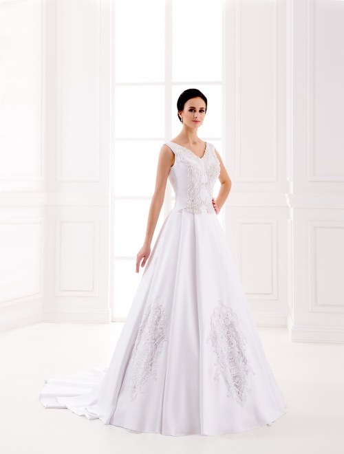 https://voloca-wedding-dresses.com/images/stories/virtuemart/product/VWD_IP_08_a.jpg
