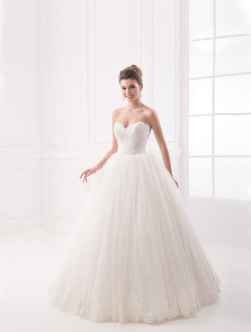 https://voloca-wedding-dresses.com/images/stories/virtuemart/product/VWD_IP_10_a62.jpg