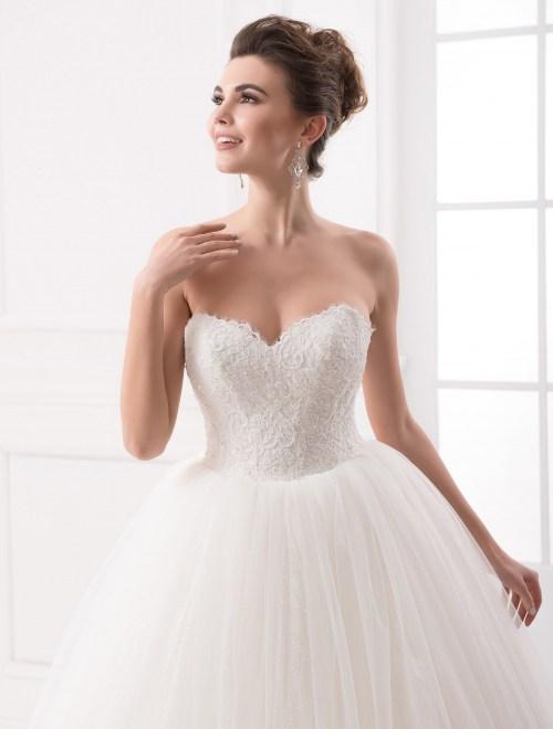 https://voloca-wedding-dresses.com/images/stories/virtuemart/product/VWD_IP_10_b29.jpg