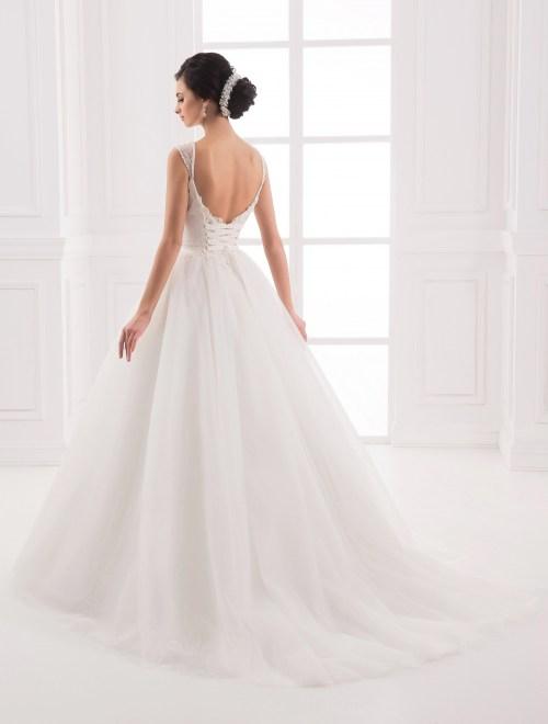 https://voloca-wedding-dresses.com/images/stories/virtuemart/product/VWD_IP_11_c.jpg