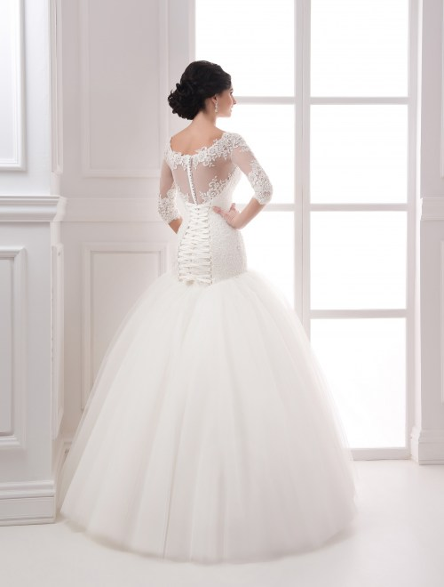 https://voloca-wedding-dresses.com/images/stories/virtuemart/product/VWD_IP_14_c.jpg