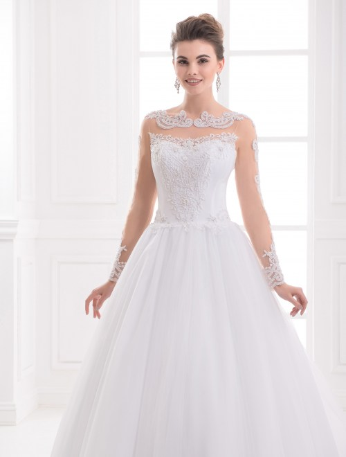 https://voloca-wedding-dresses.com/images/stories/virtuemart/product/VWD_IP_15_b72.jpg