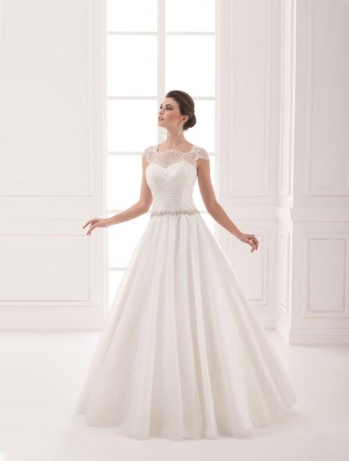 https://voloca-wedding-dresses.com/images/stories/virtuemart/product/VWD_IP_16_a59.jpg