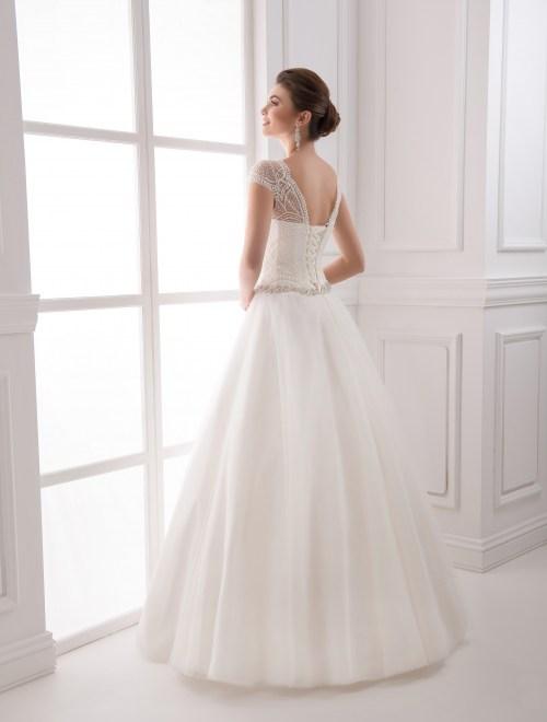 https://voloca-wedding-dresses.com/images/stories/virtuemart/product/VWD_IP_16_c45.jpg