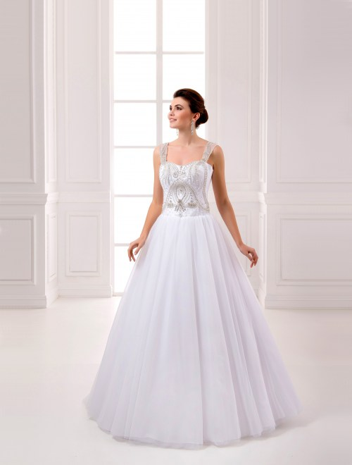 https://voloca-wedding-dresses.com/images/stories/virtuemart/product/VWD_IP_18_a72.jpg