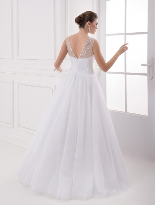 https://voloca-wedding-dresses.com/images/stories/virtuemart/product/VWD_IP_18_c19.jpg