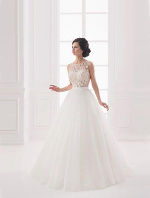 https://voloca-wedding-dresses.com/images/stories/virtuemart/product/VWD_IP_19_a.jpg