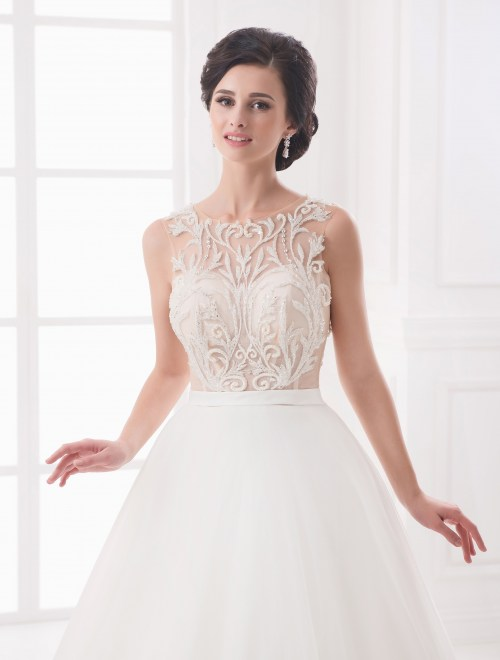 https://voloca-wedding-dresses.com/images/stories/virtuemart/product/VWD_IP_19_b.jpg