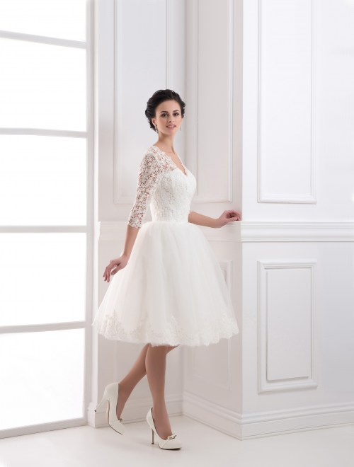 https://voloca-wedding-dresses.com/images/stories/virtuemart/product/VWD_IP_32_a.jpg