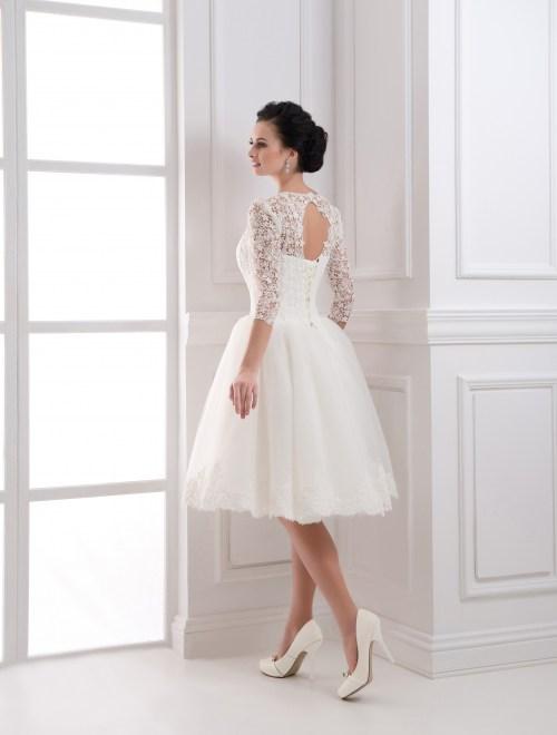 https://voloca-wedding-dresses.com/images/stories/virtuemart/product/VWD_IP_32_c.jpg